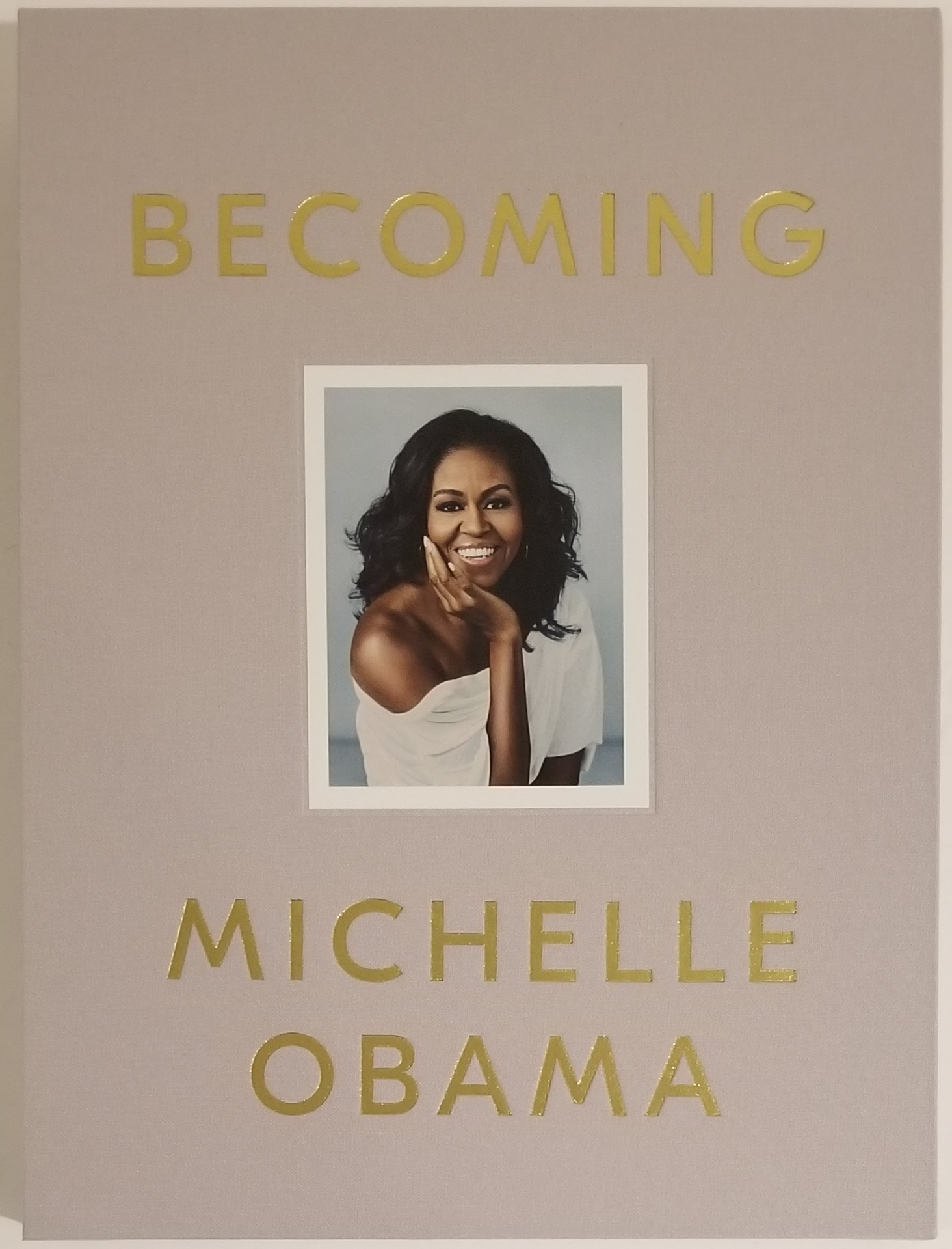 BECOMING (Deluxe Signed Edition). Michelle Obama.